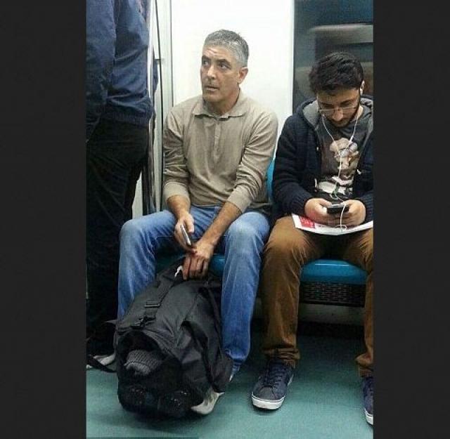 А этого двойника Джорджа Клуни сфотографировали в Турции.