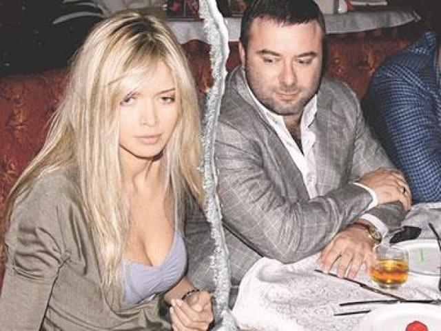 В 2006 году Вера Брежнева выходит замуж за бизнесмена Михаила Кипермана и официально берет его фамилию.