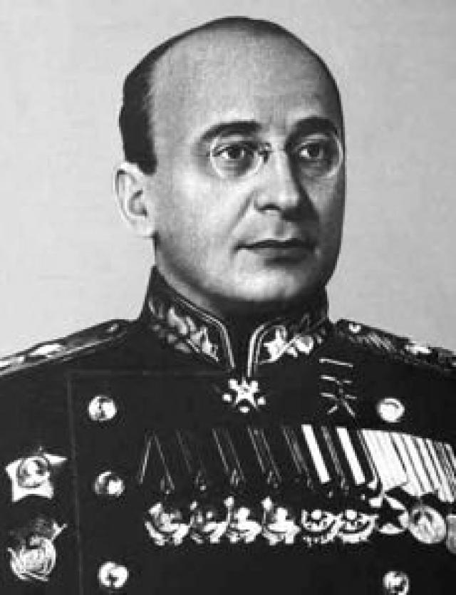 В 1943 году Берия заразился сифилисом, если верить полковнику Саркисову.