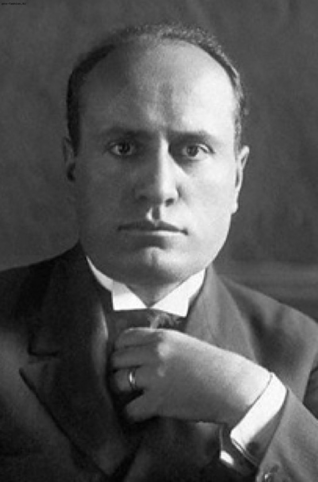 Бенито Муссолини — итальянский диктатор, лидер Национальной фашистской партии