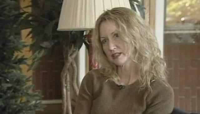 В 2011 году нашлась племянница Д.Б.Купера, 48-летняя Марала Уинн Купер, которая заявила, что помнит, как ее дядя в ночь после угона пришел к ним домой весь в синяках и ссадинах. На фото: Марала Купер
