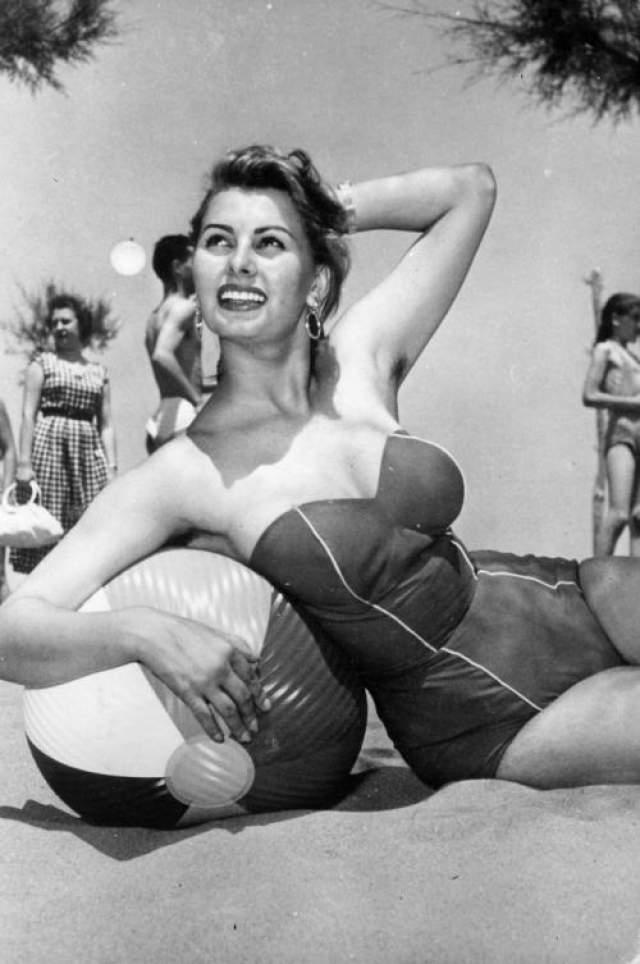 Софи Лорен, 1953 год