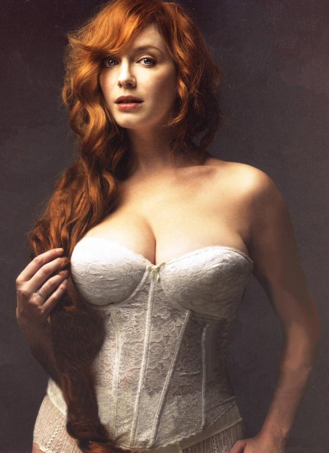 """В том же году Хендрикс получила звание """"самой сексуальной женщины в мире по итогам года"""" по версии журнала Esquire."""