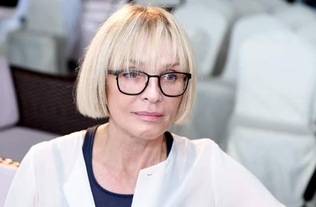 В интервью Оксане Пушкиной Вайкуле заявила, что врачи не верили в ее выздоровление, а болезнь полностью перевернула ее жизнь.