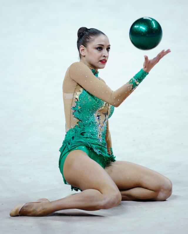 Евгения Канаева. Всем известная двухкратная Олимпийская чемпионка 2008 и 2012 годов ушла из спорта в возрасте двадцати двух лет.
