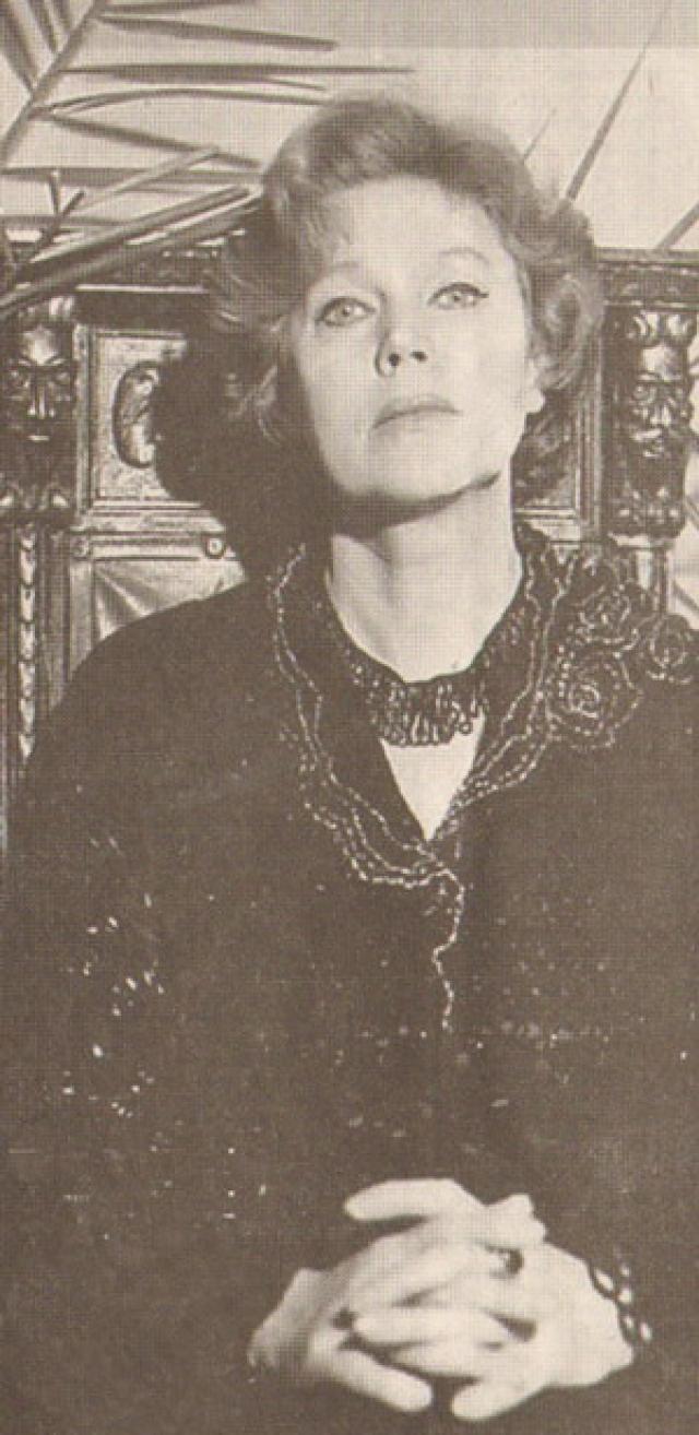 Владимир Семенович прожил с Изольдой семь лет: брак не выдержал начавшейся суматошной жизни.