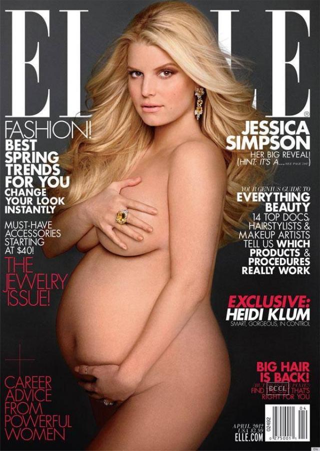 Певица Джессика Симпсон предстала полностью обнаженной на обложке Elle 2012 года.