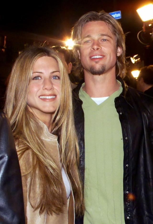 В январе 2005 года супруги признали, что несколько отдалились друг от друга, а через два месяца после этого Дженнифер подала на развод.