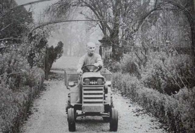 Другим его увлечением было пчеловодство.