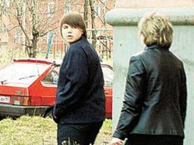 До суда Казаков находился на свободе и ходил в школу. В ходе следствия дело об убийстве переквалифицировали в превышение самообороны.