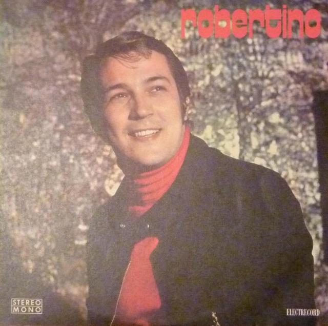 """Вскоре вышел сингл с песней """"O, Sole mio"""", который стал золотым. Гастроли по Европе и США прошли с огромным успехом. В Италии его сравнивали с Беньямино Джильи, а французская пресса величала его не иначе, как """"новый Карузо""""."""