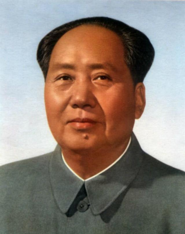 Не желая отказываться даже на время от встреч с девушками, Мао решил ничего не предпринимать.