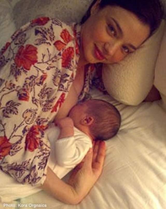 Миранда Керр, май. 35-летняя модель и ее 27-летний супруг Эван Шпигель назвали в честь дедушки отца ребенка - Харт.