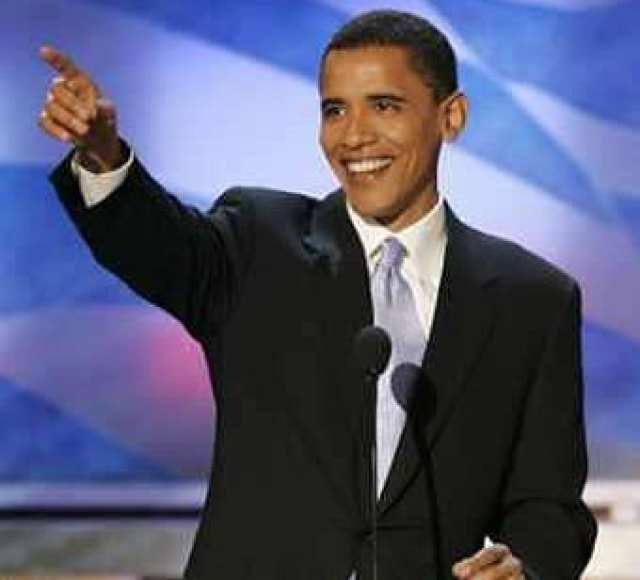 """После его знаменитой речи на Национальной Демократической конвенции в 2004 году Америку охватила настоящая """"Обамомания""""."""