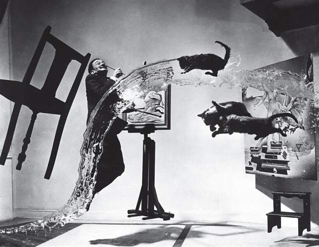 Дали Атомикус, Филипп Халсман, 1948. Снимок примечателен тем, что в нем нет ни грамма монтажа.
