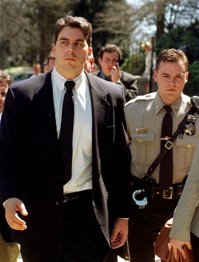 Смит признал себя виновным в нанесении ущерба на $80 млн. и отсидел 20 месяцев.
