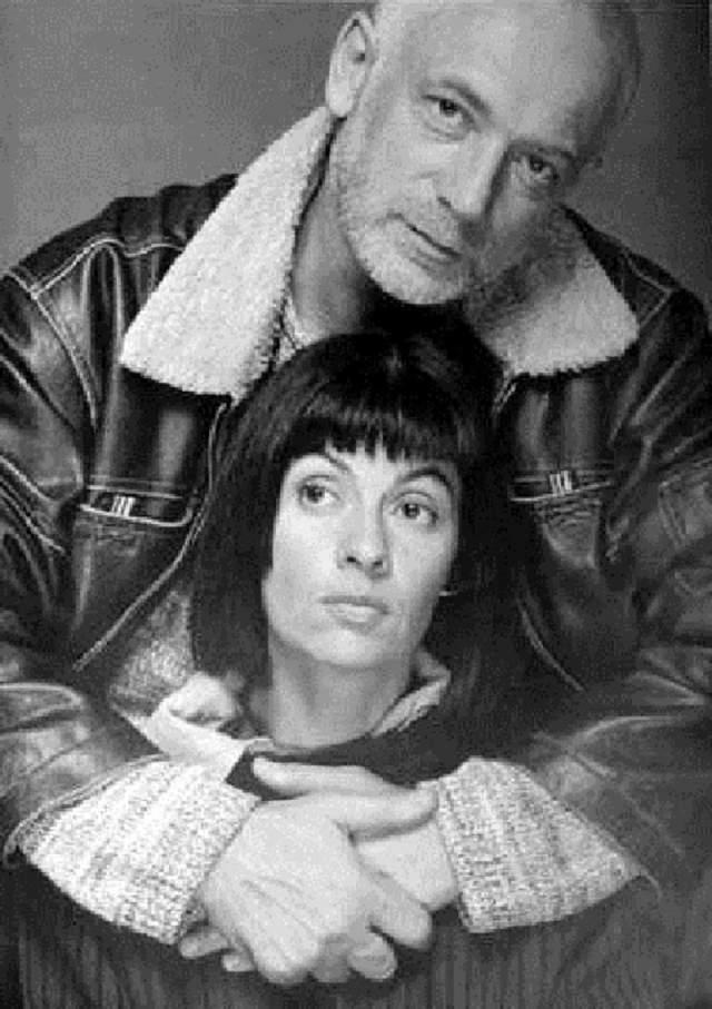 После смерти второго супруга Назимова долго не могла отойти, но из депрессии ее вытащил коллега Влада Листьева и одновременно тоже талантливый деятель ТВ Андрей Разбаш. Они поженились.