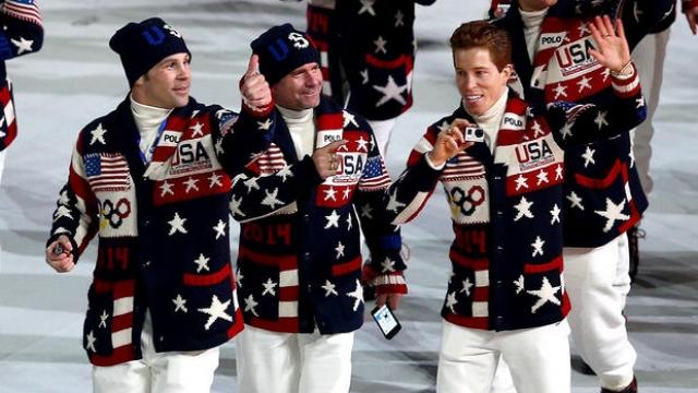 Американские политики сразу же выразили свое возмущение по поводу того, что принимающая сторона лишает спортсменов из США пищи богатой белками, которая является частью их тренировочного режима.