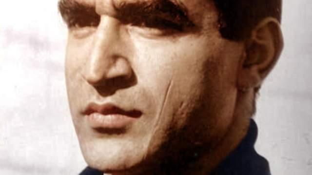 Планам его не удалось сбыться: он умер в 2000 году в возрасте 69 лет от рака поджелудочной железы. FM-2030 был криогенно заморожен, поскольку считал, что люди скоро разработают синтетические органы и части тела, которые сделают понятие смерти ушедшим в прошлое.