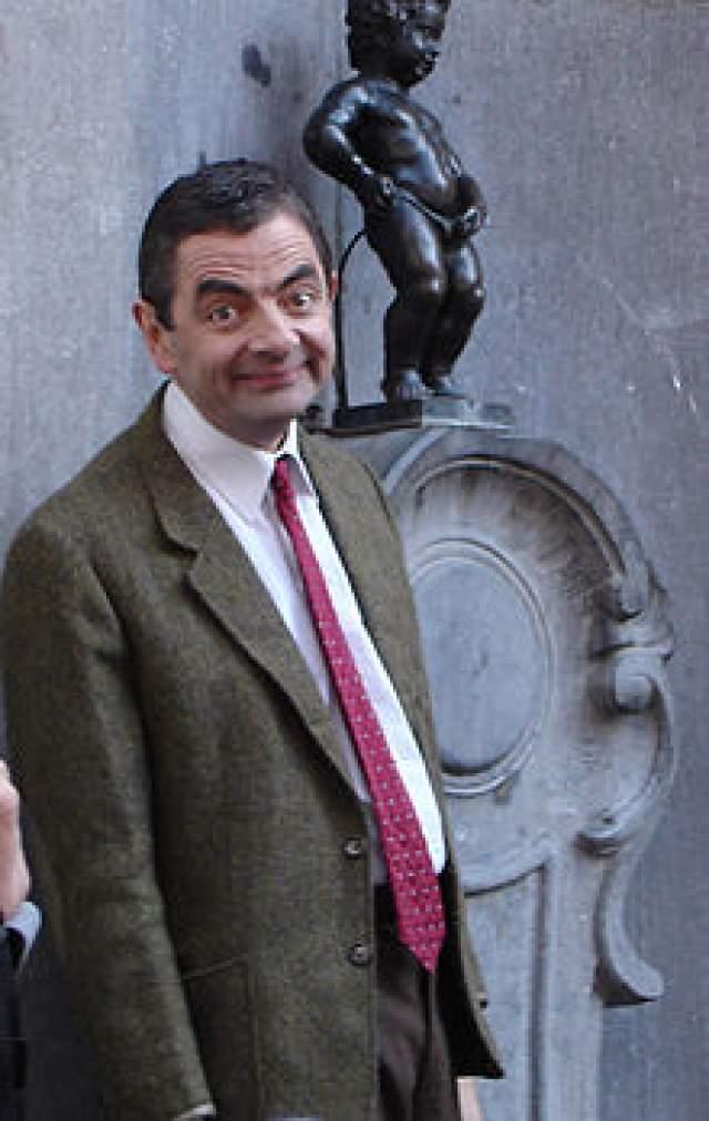 """Роуэн Аткинсон, 64 года, Великобритания. В миллисекунду этого актера превращается в ожившую карикатуру. Наверное, это один из секретов бешеной популярности сериала """"Мистер Бин"""", герой которого топырит уши, таращит глаза и водит носом, как принюхивающаяся к следу ищейка."""