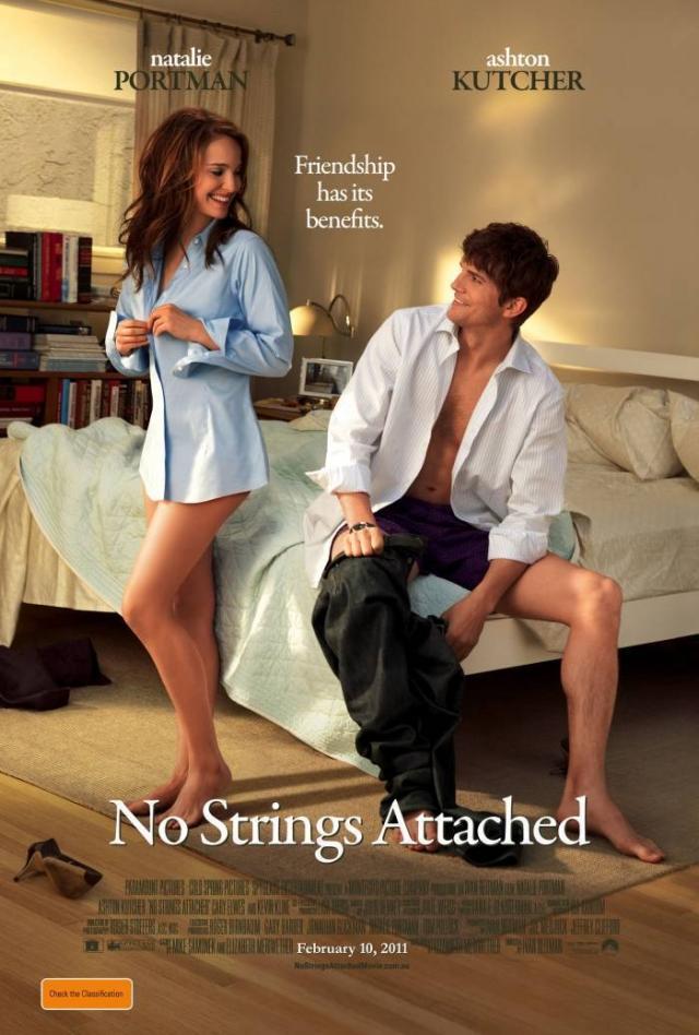 """""""Больше чем секс"""" . Дословный перевод названия фильма """"No Strings Attached"""" - """"Без обязательств""""."""