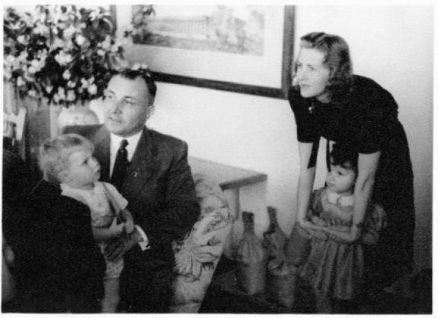 """Поразительно, но на Нюрнбергском процессе на эти признания Аксмана не обратили никакого внимания, хотя один из следователей, допрашивавших его - британский историк Хьюдж Тревор-Ропер, - полагал, что шеф """"Гитлерюгенда"""" говорит правду."""