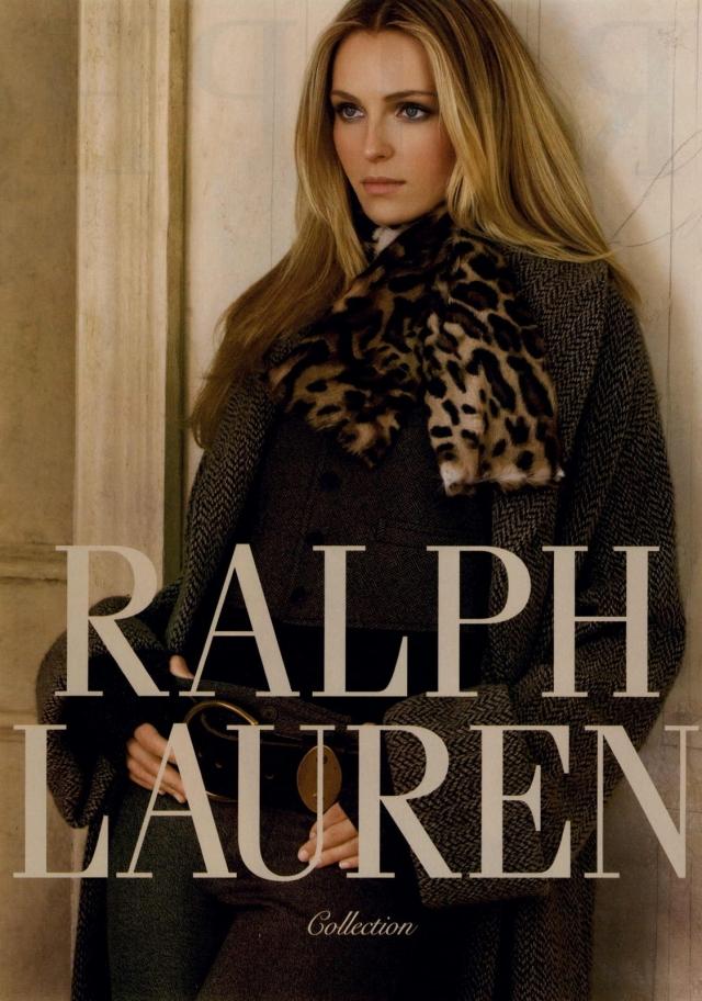 """Тогда же ее заметил именитый Кутюрье Ralph Lauren, для которого она стала музой на более чем десять лет. Тогда же она заняла десятую строчку в """"Топ 20 самых высокооплачиваемых топ-моделей"""" по версии журнала Forbes."""