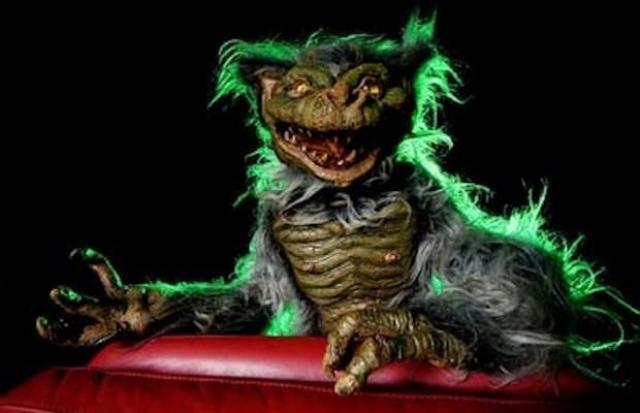 """Хобгоблины из фильма """"Хобгоблины"""" (1988). Довольно странно, что фильм был отнесен к жанру ужасов, поскольку, даже Кот Матвей Михаила Боярского из """"Новогодних приключений Маши и Вити"""" выглядит страшнее."""