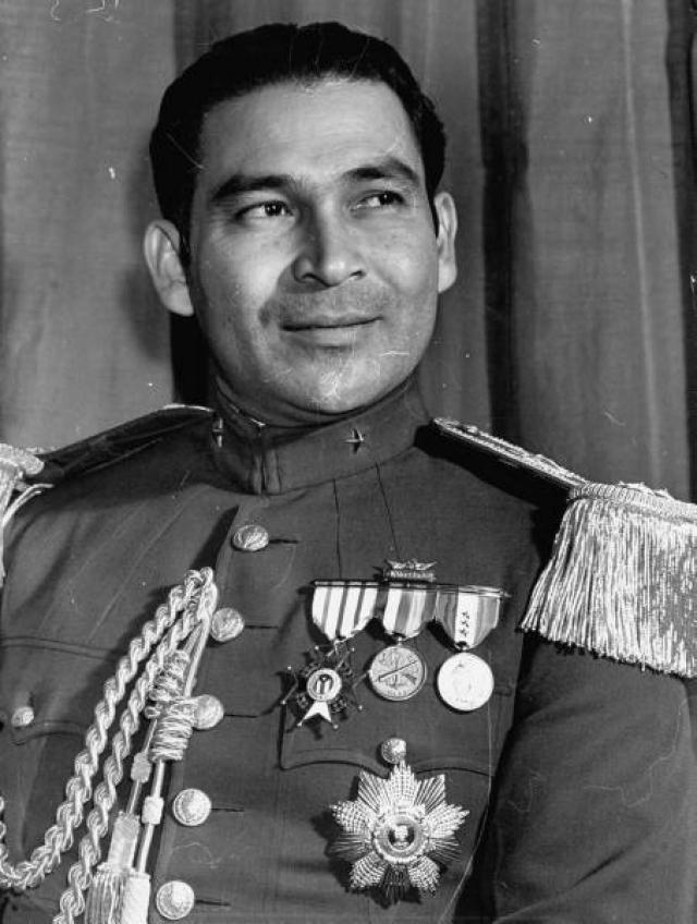 Фульхенсио Батиста - кубинский правитель, фактический лидер в 1933—1959 . Организатор государственных переворотов 1933 и 1952 годов. Был свергнут в ходе Кубинской революции 1 января 1959 года.