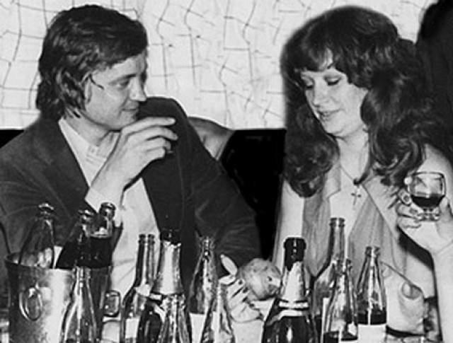 Алла Борисовна Пугачева и Миколас Орбакас в 1969 году.