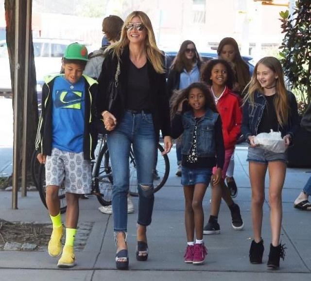 Хотя детишки еще малы для модной индустрии, многие считают, что модельное будущее им обеспечено.
