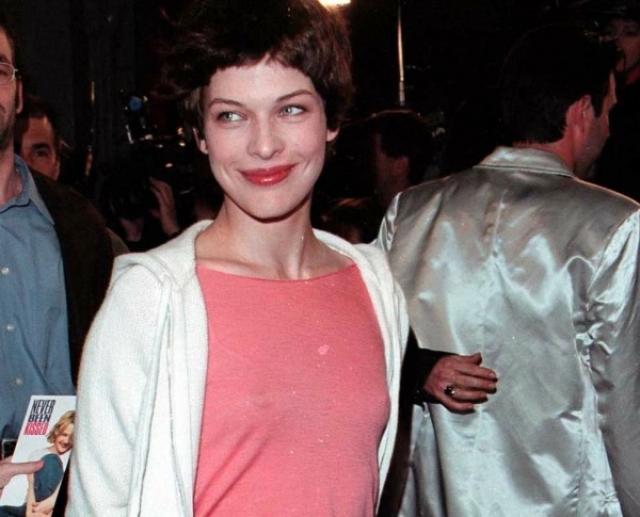 Шон Эндрюс. Актер женился на будущей звезде Милле Йовович, когда той было всего 16.