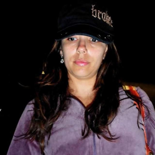 Ева Лонгория Куда делись яркие глаза и четкие скулы? Без макияжа Ева Лонгория выглядит как самая обычная женщина. Все-таки вот она сила косметики, мы тоже так можем.