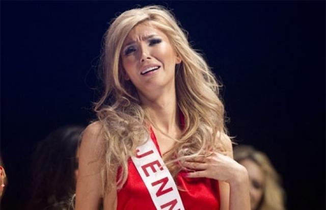 """Дженна Талакова. Девушка была одной из 65 финалисток, заработавших право побороться за звание """"Мисс Вселенная Канады"""", а потом представлять свою страну на конкурсе """"Мисс Вселенная""""."""