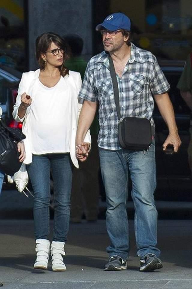 Звезды поженились в 2010 году, через два года после входа ленты в прокат. У них двое детей, сын и дочь.