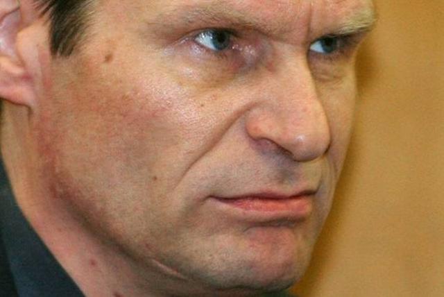 """Отбывая наказание в тюрьме, Армин Майвес стал вегетарианцем и стал лидером местного отделения партии """"зеленых""""."""