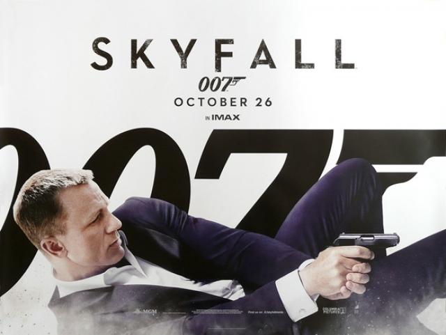 """""""007: Координаты """"Скайфол"""""""". В этом случае отечественные прокатчики решили добавить в название спойлер, поскольку оригинально название """"007: Skyfall"""" переводится просто как """"""""007: Скайфол""""."""