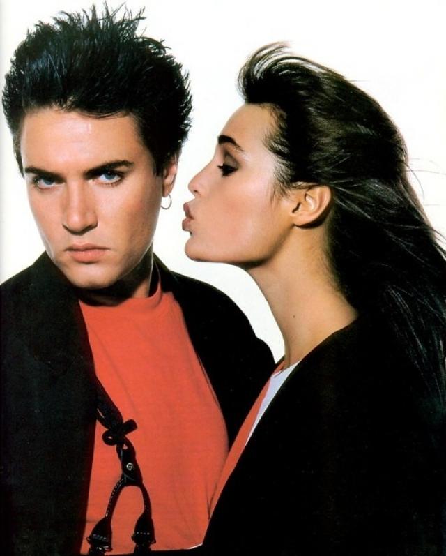 Ясмин Ле Бон. Популярная модель начала жить с лидером группы Duran Duran, когда ей было всего 19 лет. Саймон был старше своей избранницы на 14 лет, но эта разница в возрасте им совсем не помешала.