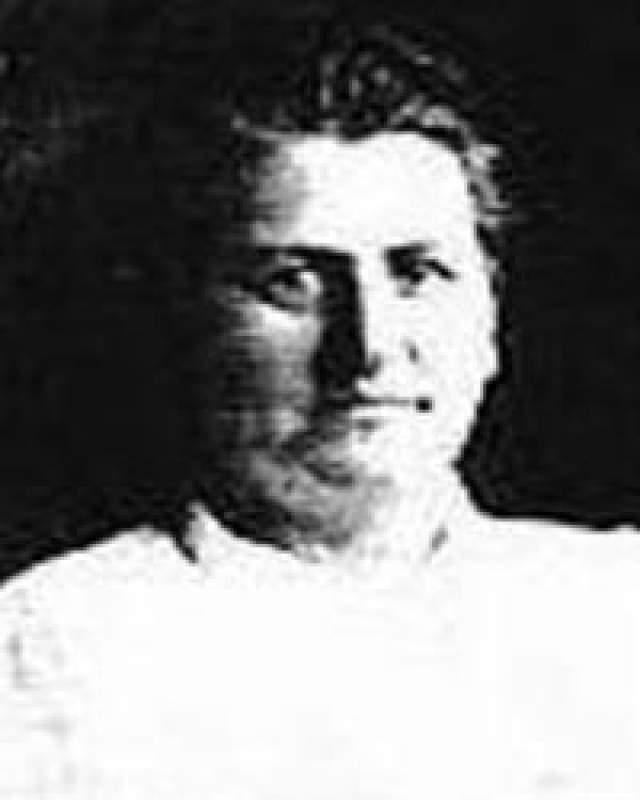 Александра Попова. Забытая в России серийная убийца, о которой хорошо помнят за рубежом. Так называемая Madame Popova совершила в период с 1879 по 1909 год 300 убийств. Причина - мужененавистничество.