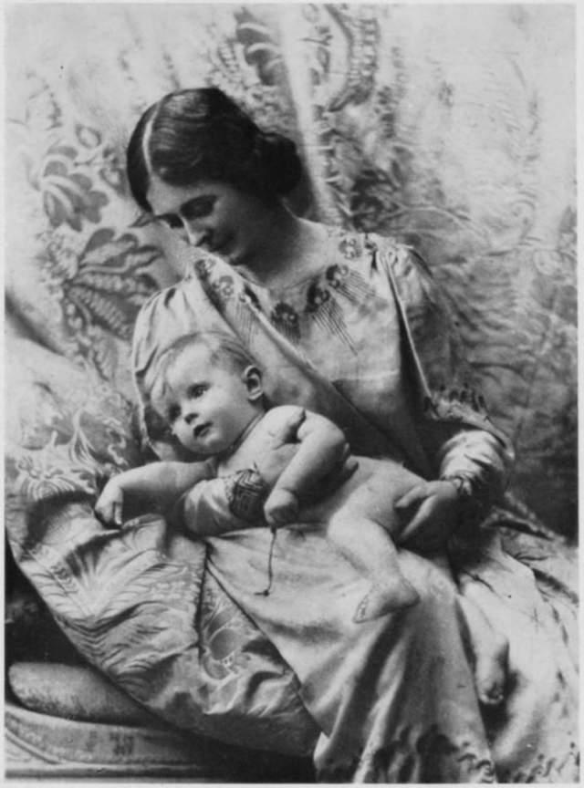 Айседора Дункан до конца жизни не пришла в себя после смерти детей.