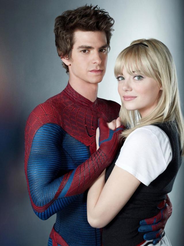 """Эндрю Гарфилд и Эмма Стоун. На съемках фильма """"Новый Человек-паук"""" завязались романтические отношения между главными актерами."""
