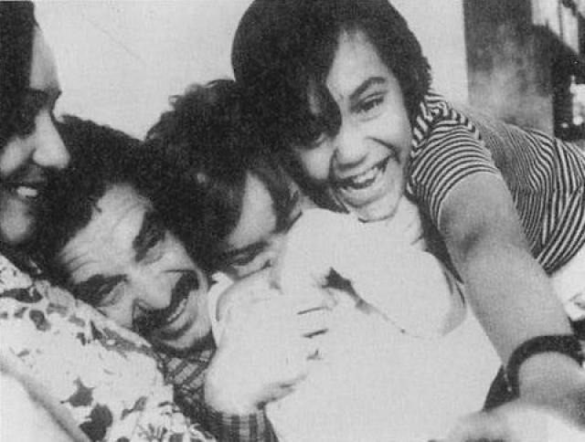 После свадьбы Маркес пообещал Мерседес, что к своим 40 станет знаменитым писателем. И этому удалось сбыться.