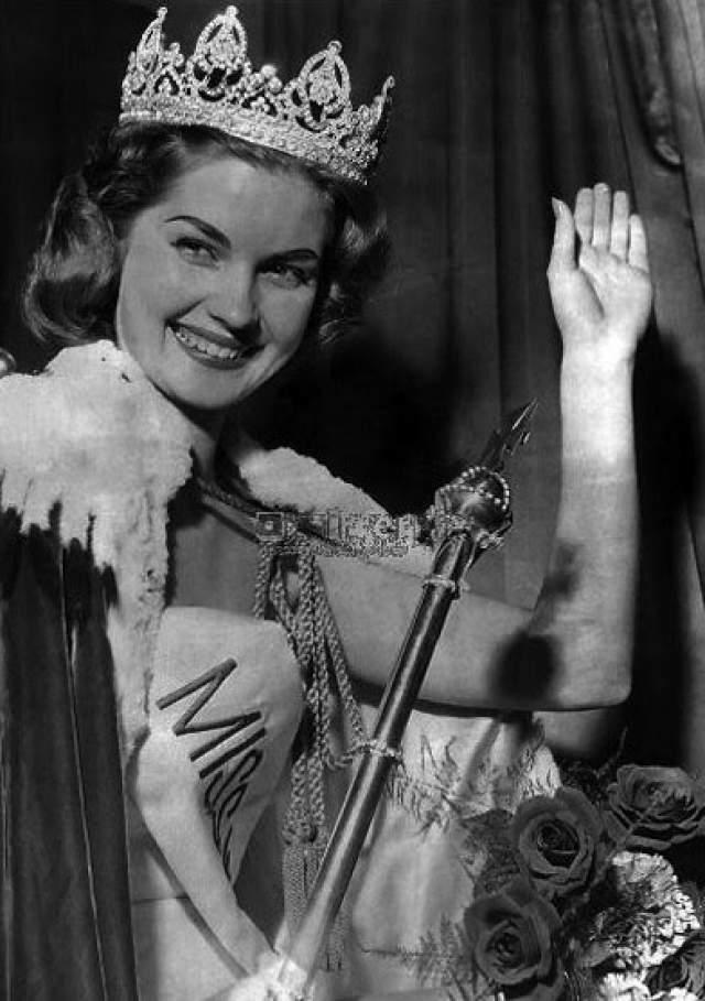 Пенелопа Кёлен (ЮАР) - Мисс мира 1958.