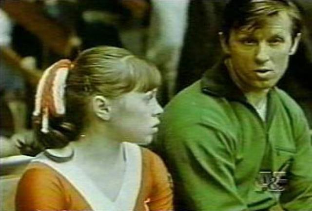 """Тренера Елены звали Михаил Клименко. Он начал ее тренировать еще с 14 лет, хоят до этого работал только с мужчинами, и решил, что ее """"фишкой"""" должна стать специально созданная сложнейшая программа."""