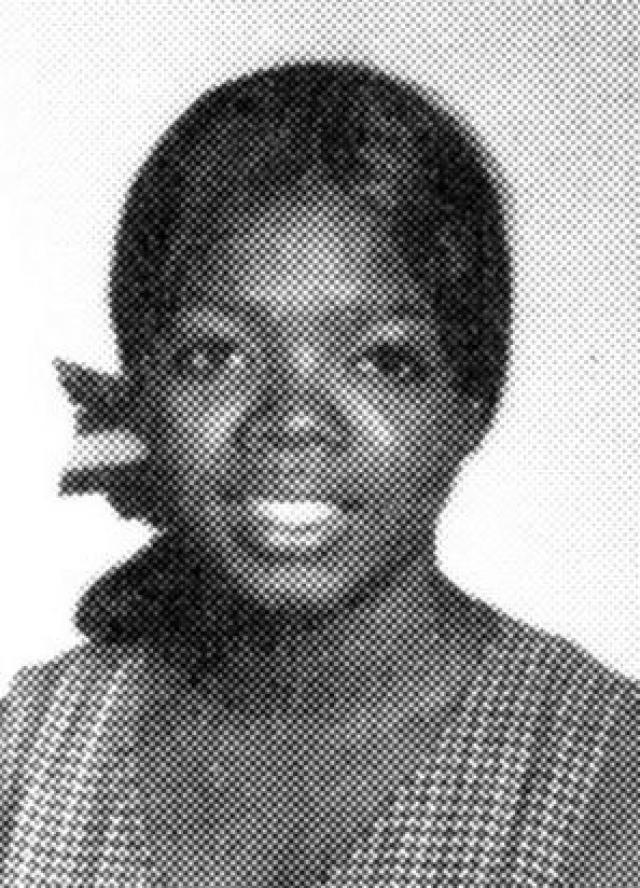 Детство одной из самых влиятельны женщин прошло в ужасной бедности, новые ботинки и платья, она впервые получила для посещения школы в первом классе.