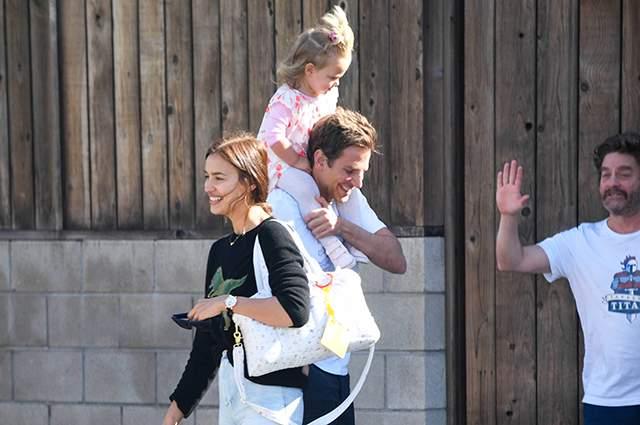 21 марта 2017 года у пары родилась дочь Лея де Сьен Шейк Купер.
