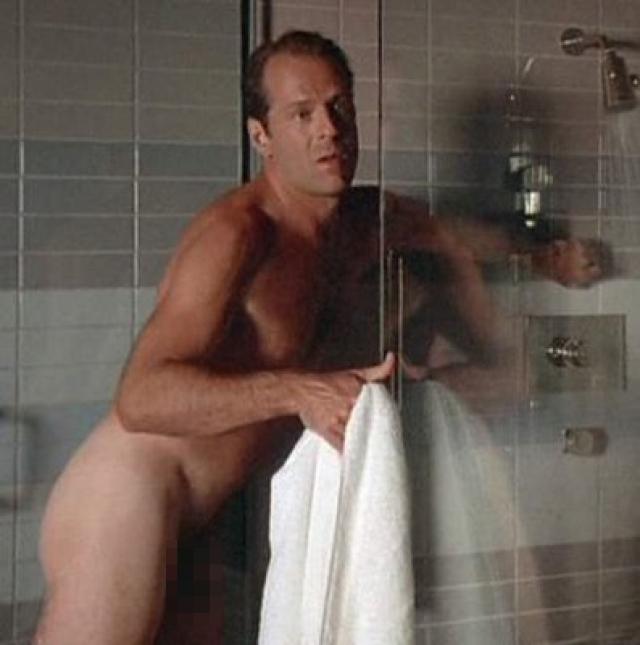 Эта работа, в которой Уиллис сыграл роль терапевта, была снята в непристойно психо-сексуальном стиле, однако, в прокате данный фильм ожидал полный провал.