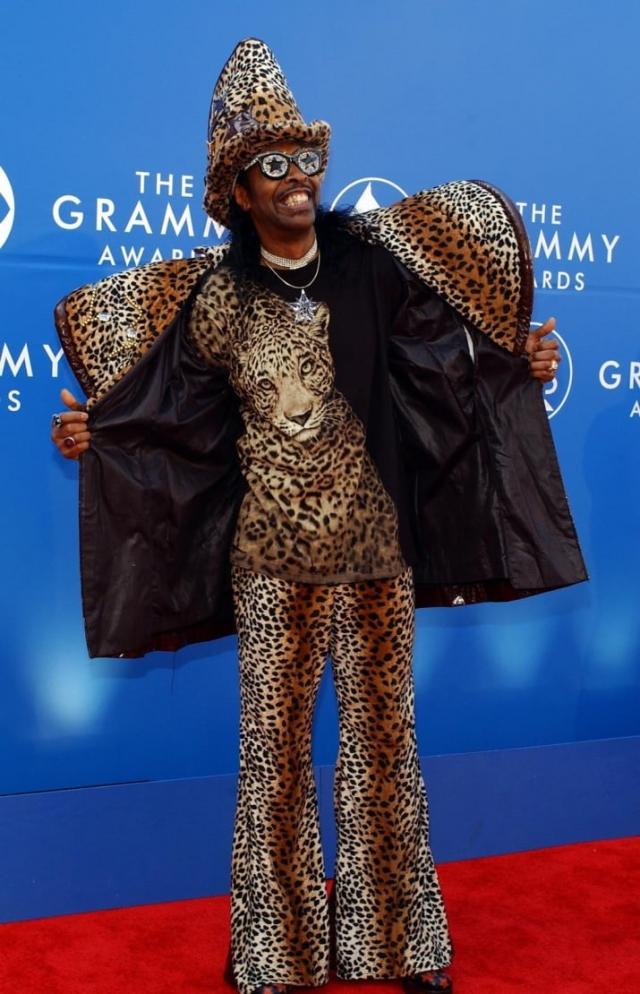 Бутси Коллинз нарядился на церемонию Грэмми так, будто ввязался в драку с леопардом и выиграл.