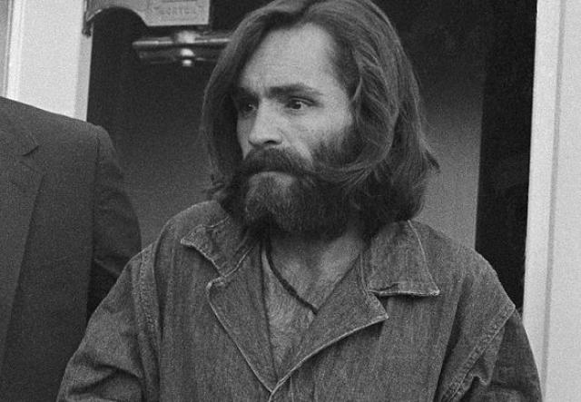 Согласно приговору суда, преступника должны были казнить в газовой камере, но в 1977 году Верховный суд Калифорнии признал казнь неконституционной. Казнь заменили на пожизненное заключение. В настоящий момент Мэнсон находится в тюрьме California State Prison в Коркоране.