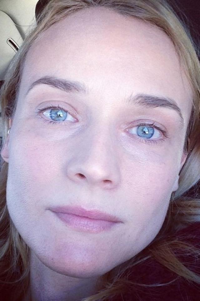 Селфи без макияжа не стесняясь выкладывает и немецкая актриса и модель Диана Крюгер .